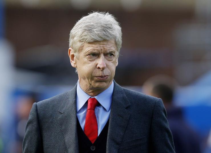 Wenger igazolna, de nincs kit