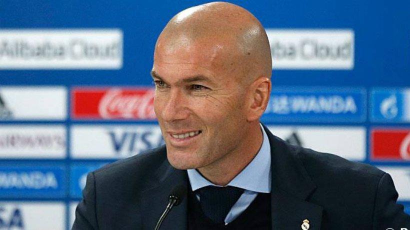 """Zidane: """"Azt szeretném, hogy Cristiano hosszabbítson"""""""