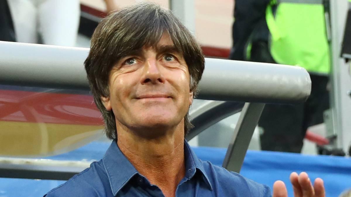 Löw nem zárja ki, hogy egyszer a Real Madridot irányítsa