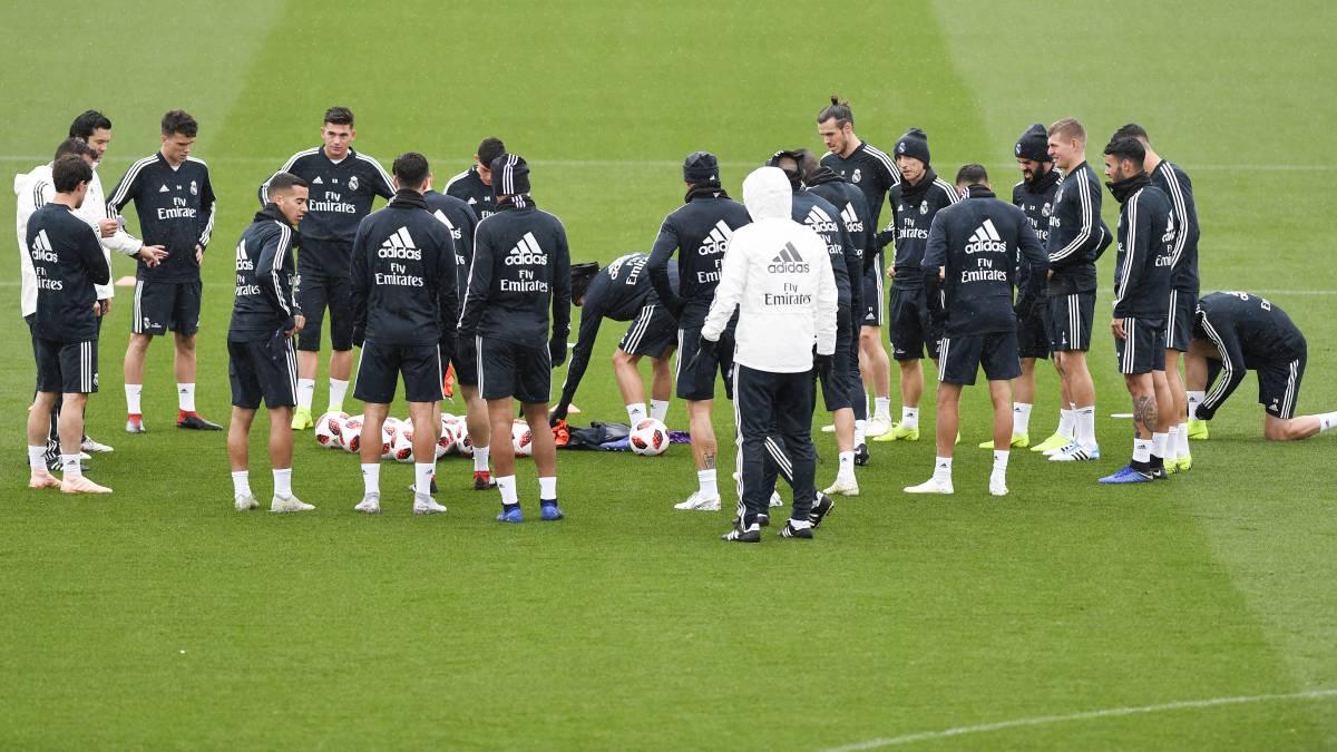 A Real Madrid játékosai megbeszélést tartottak