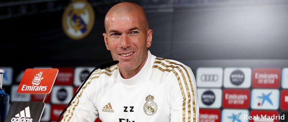 """Zidane: """"Ramos a vezérünk és játszania kell, senkinek nem érdeke, hogy a padon legyen"""""""
