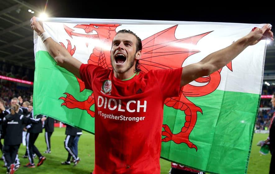 Gareth Bale félmillió fonttal támogatja a walesi egészségügyet