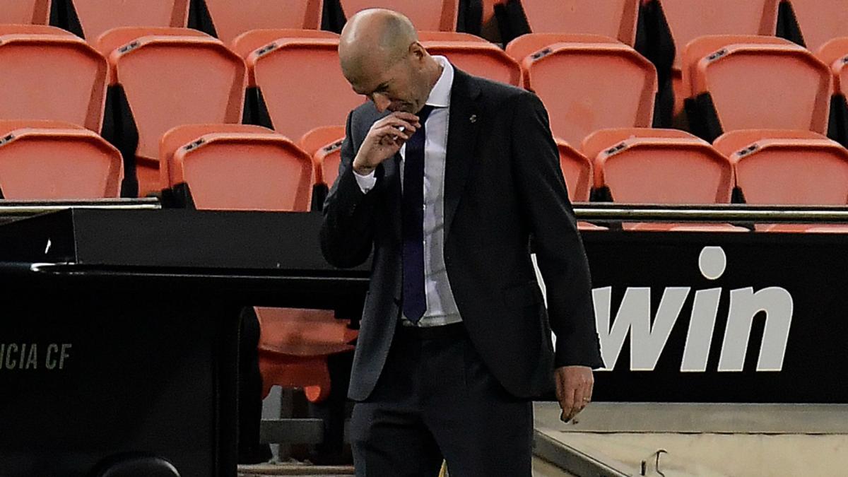 Zidane veszélyes rotációja