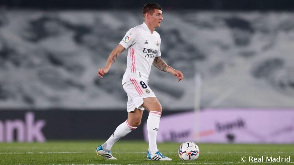 19 játékos a Valencia elleni keretben