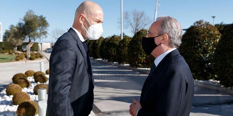 GALÉRIA: Florentino Pérez beköszönt a csapathoz indulás előtt