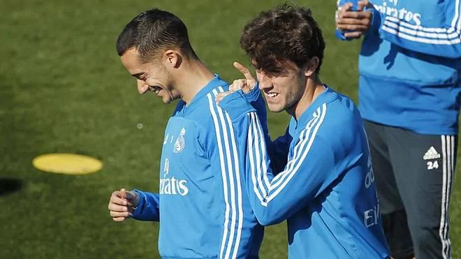 Zidane-nak fejfájást okoz a védelem jobb oldala
