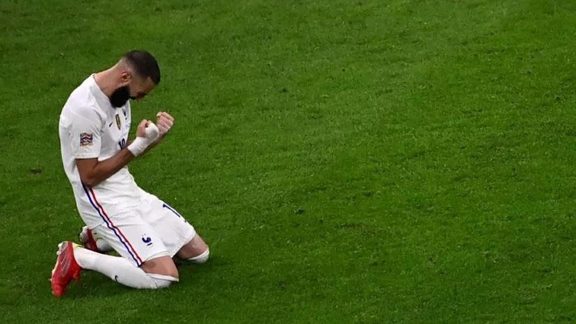 A francia bajnokság edzői is Benzema mögött állnak